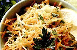 Retete delicioase: Salata de cruditati