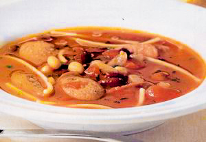 Supa de rosii cu crenvursti