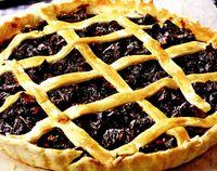 Tartă cu prune uscate