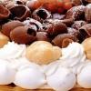 Tort_cu_crema_caramel_si_bezea