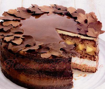 Reteta zilei: Tort de gutui si nuci