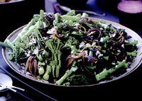 Broccoli la tigaie cu nucă de cocos