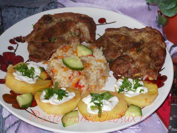 Reteta zilei: Carne de porc cu orez