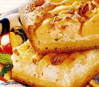 Prăjitură cu mere la tavă