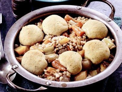 Tocană de legume cu găluşte