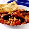Cârnati_înabusiti_cu_legume_si_pâine_cu_usturoi