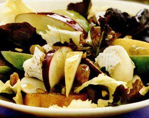 Salata cu mere şi pere