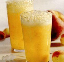 Fizz de mango, piersici şi caise