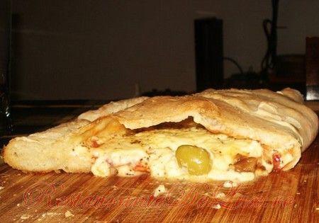 Reteta zilei: Pizza Calzone