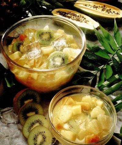 Punch cu fructe exotice