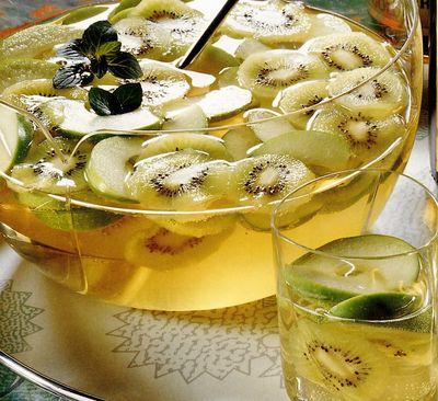 Punch de mere si kiwi