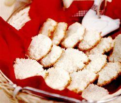Biscuiţi albi