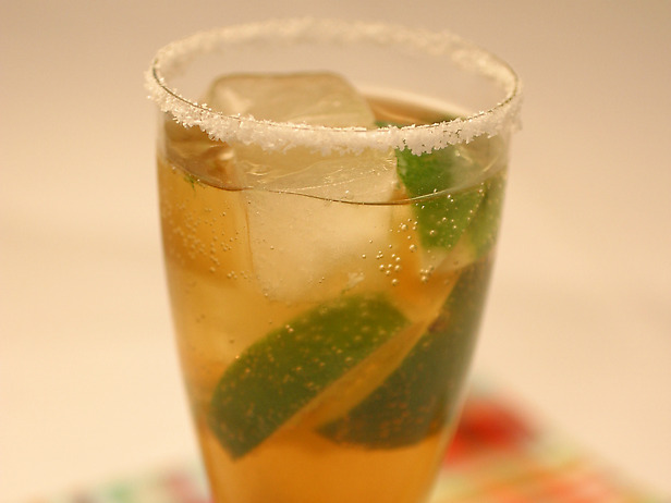 Cocktail cu bere – Michelada