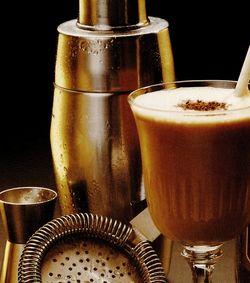 Cocktail cu cafea si rom alb
