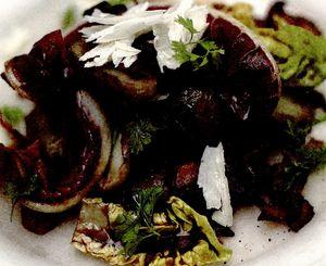 Salată caldă cu bacon