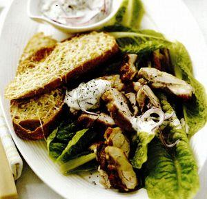 Salată de pui la grătar cu maioneză