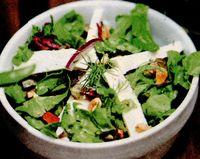 Salata verde creata cu pepene galben si feta