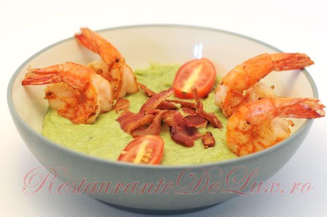 Reteta zilei: Supa crema de avocado