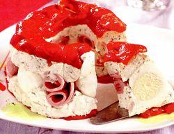 Coroniţă din pastă de brânză şi ardei copţi