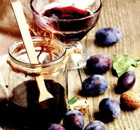 Gem de prune cu nuci