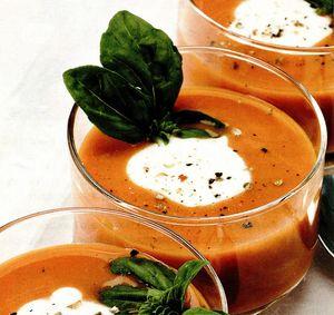 Supa de morcovi la pahar