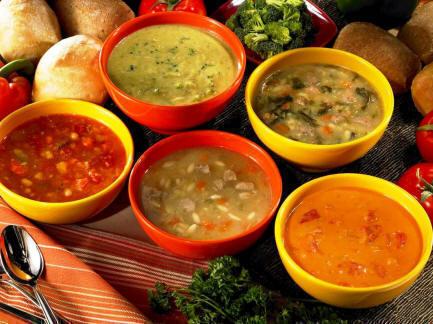 Supa de agrise cu carne afumata