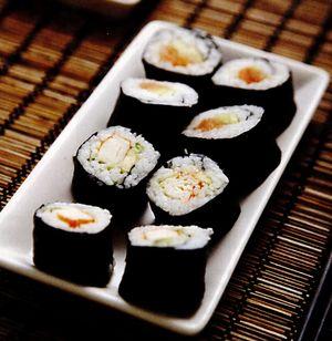 Sushi cu somon afumat