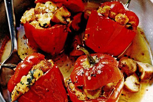 Ardei umpluţi – cu gust picant de ciuperci