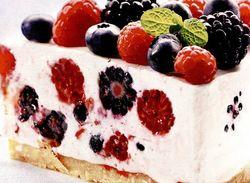 rp_Cheesecake_cu_fructe_de_padure.jpg
