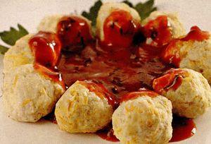 Perisoare din cartofi cu sos de rosii