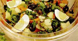 Salata bogata de legume