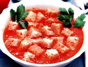 Supă de roşii cu praz şi mirodenii