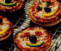 Retete de post: Tartine cu sos de rosii
