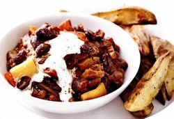 Cartofi copţi cu chilli vegetarian