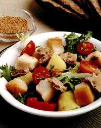 Salată cu ton afumat şi sos de muştar