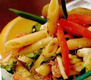Retete culinare: Salată de paste cu ton