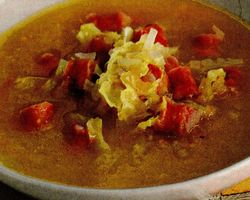 Supa de varza creata cu smantana si usturoi