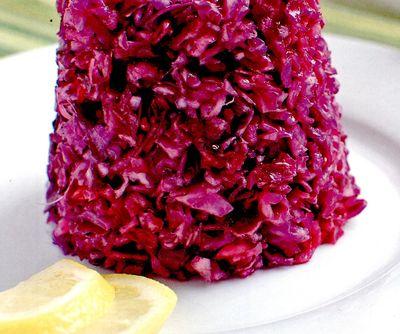 Salata de varza rosie cu hrean in otet