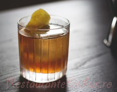 Cocktail_cu_whiski_si_bitter_08