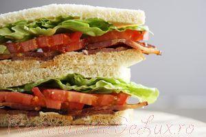 Sandwich_cu_bacon_si_maioneza_08