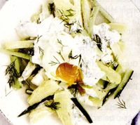 Salata_de_cartofi_cu_castraveti_si_marar