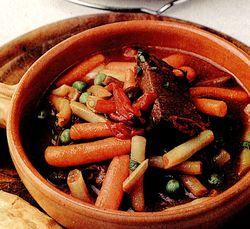 Mancare_de_vita_cu_legume