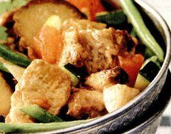 Retete_pentru_masa_de_Pasti_Carne_de_miel_cu_legume