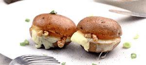 Cartofi_cu_cascaval_si_miez_de_nuca.png