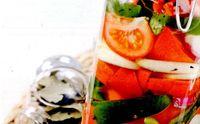 Salata_de_ardei_rosii_si_ceapa_pentru_iarna