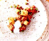 Mancare_de_miel_cu_pasta_de_curry_si_lipii