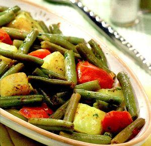 Fasole_verde_cartofi_si_rosii_la_tigaie
