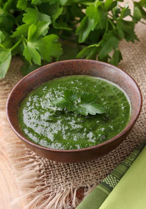 Supa rece de salata verde cu legume