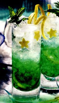 Cocktail_cu_mere_verzi_si_lime