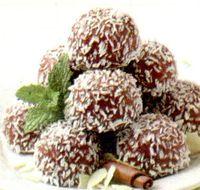 Trufe_de_casa_cu_cicolata_neagra_si_fulgi_de_cocos